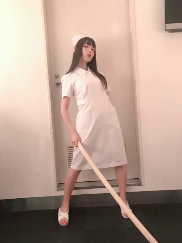 声优上坂菫现场制服诱惑,性感可爱又霸气!-看客路