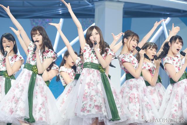 【乃木坂新闻】乃木坂昨日在武道馆开始了五夜连续圣诞LIVE-看客路
