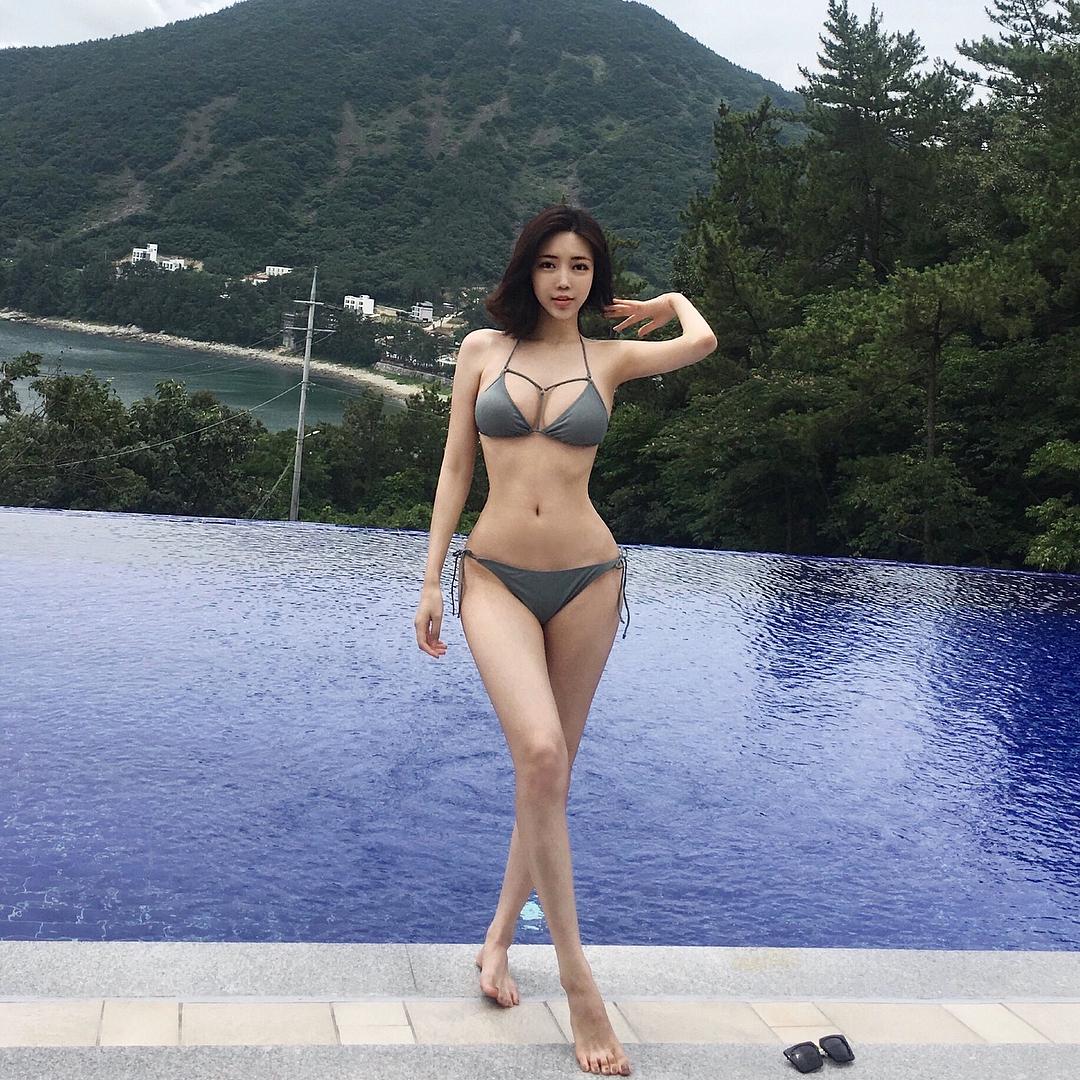 韩国高人气网红Choi Somi,不知道有没有点赞(9P)