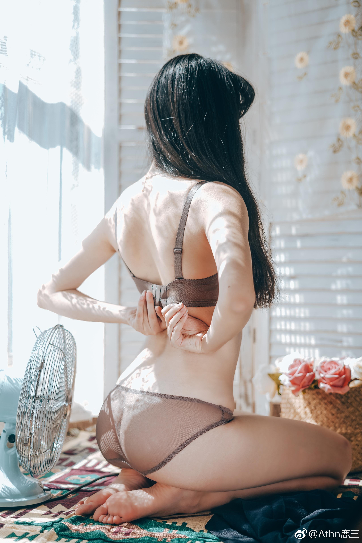 萌妹子的少女私房写真,内衣好好看(9P)