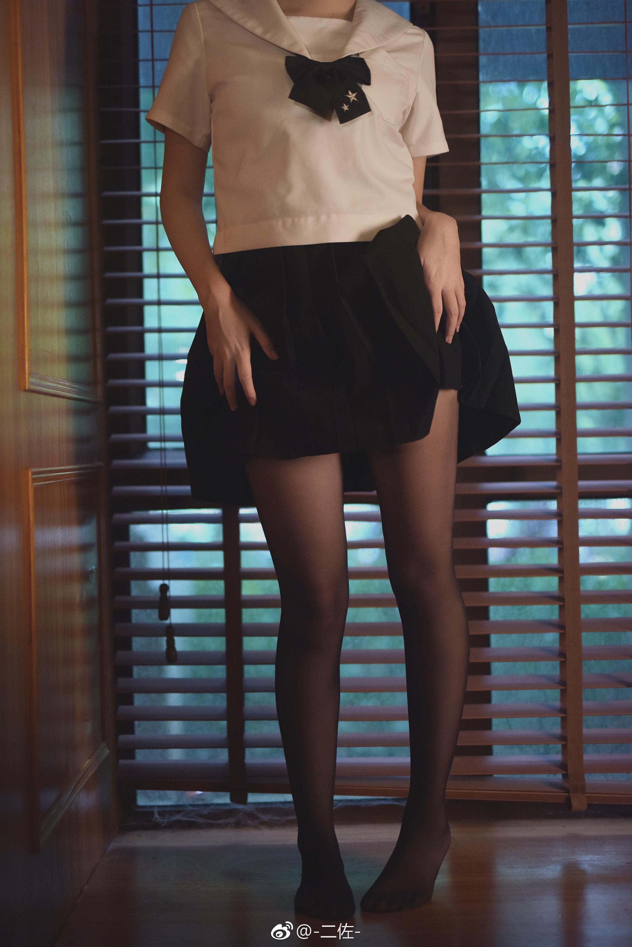 最近难得的一组高质量萌妹JK制服写真 美女写真-第4张