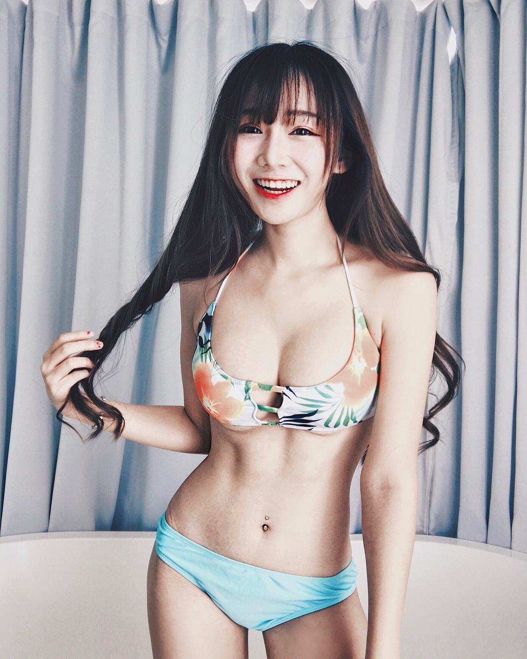 对有腹肌都妹子没有抵抗力,台湾嫩模機機(9P)