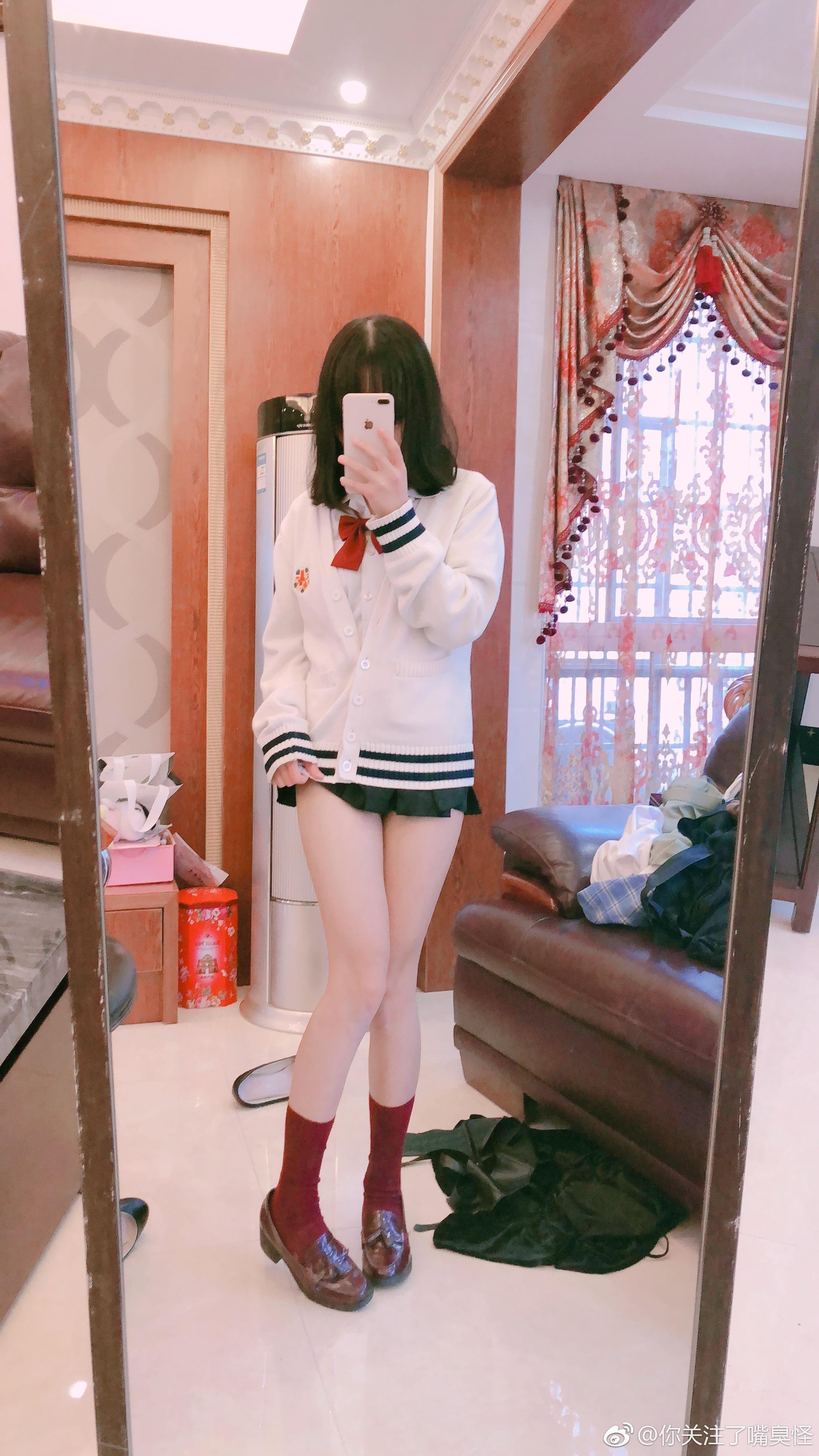 这裙子的长度怎么穿出门!(9P)