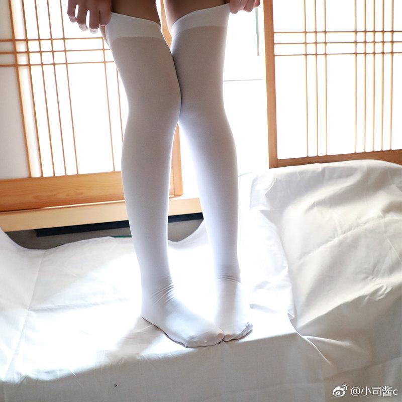 80D白色过膝袜,这袜子瘦腿太强大了吧……(9P)