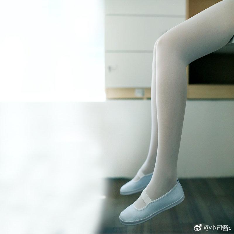 护士专用50D天鹅绒白色,弹性很好 