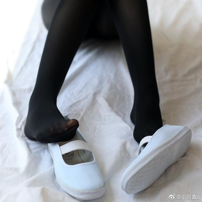 8D高密度黑色丝袜,质感还不错 绅士领域-第4张
