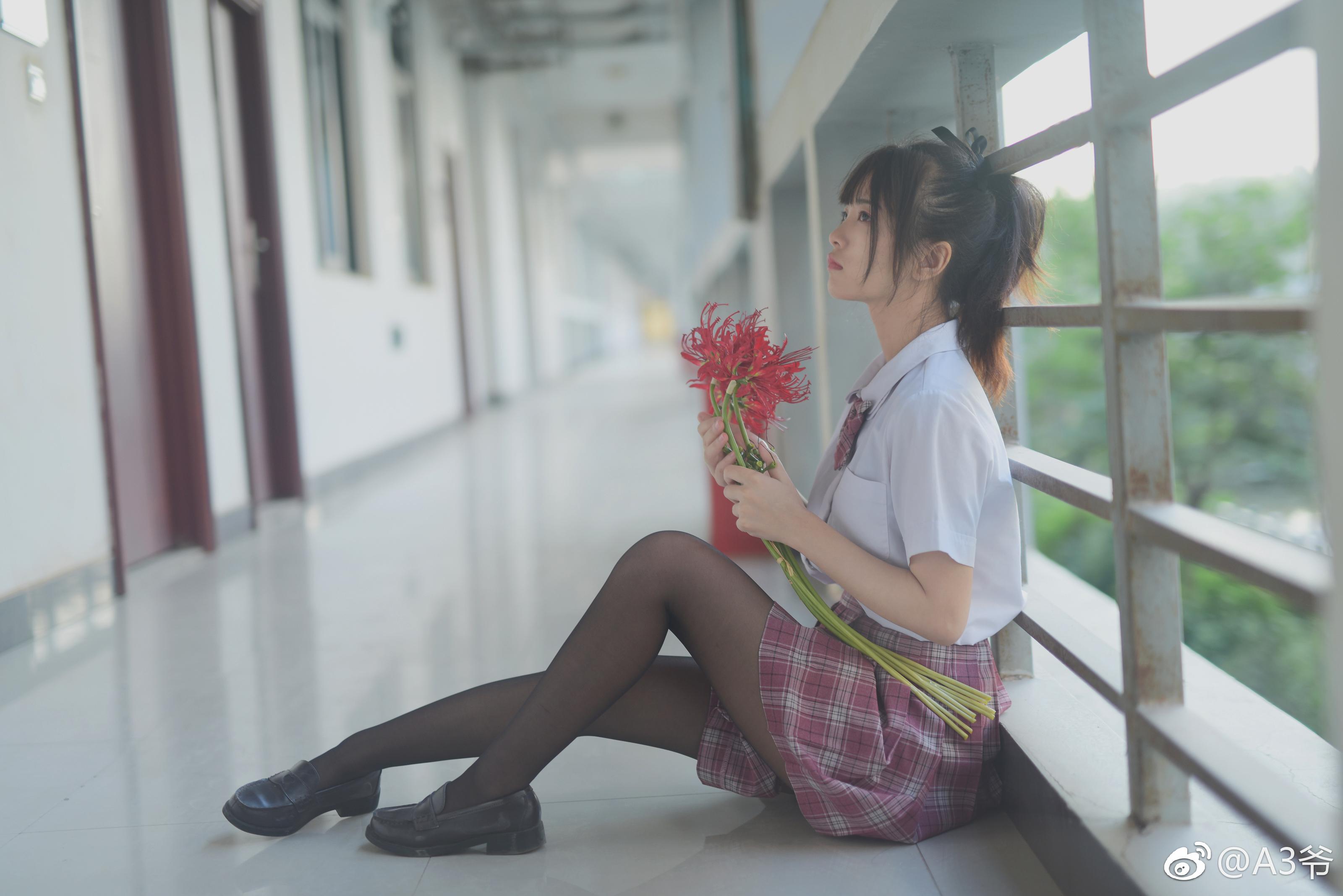 制服萌妹的私影写真,摄影师真棒 美女写真-第2张
