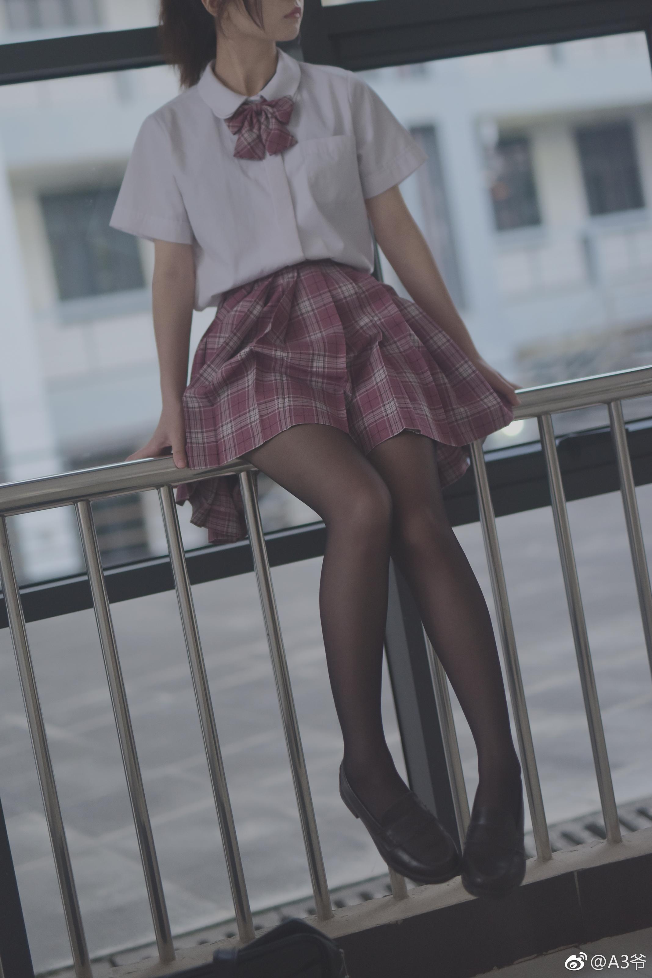 制服萌妹的私影写真,摄影师真棒 美女写真-第3张