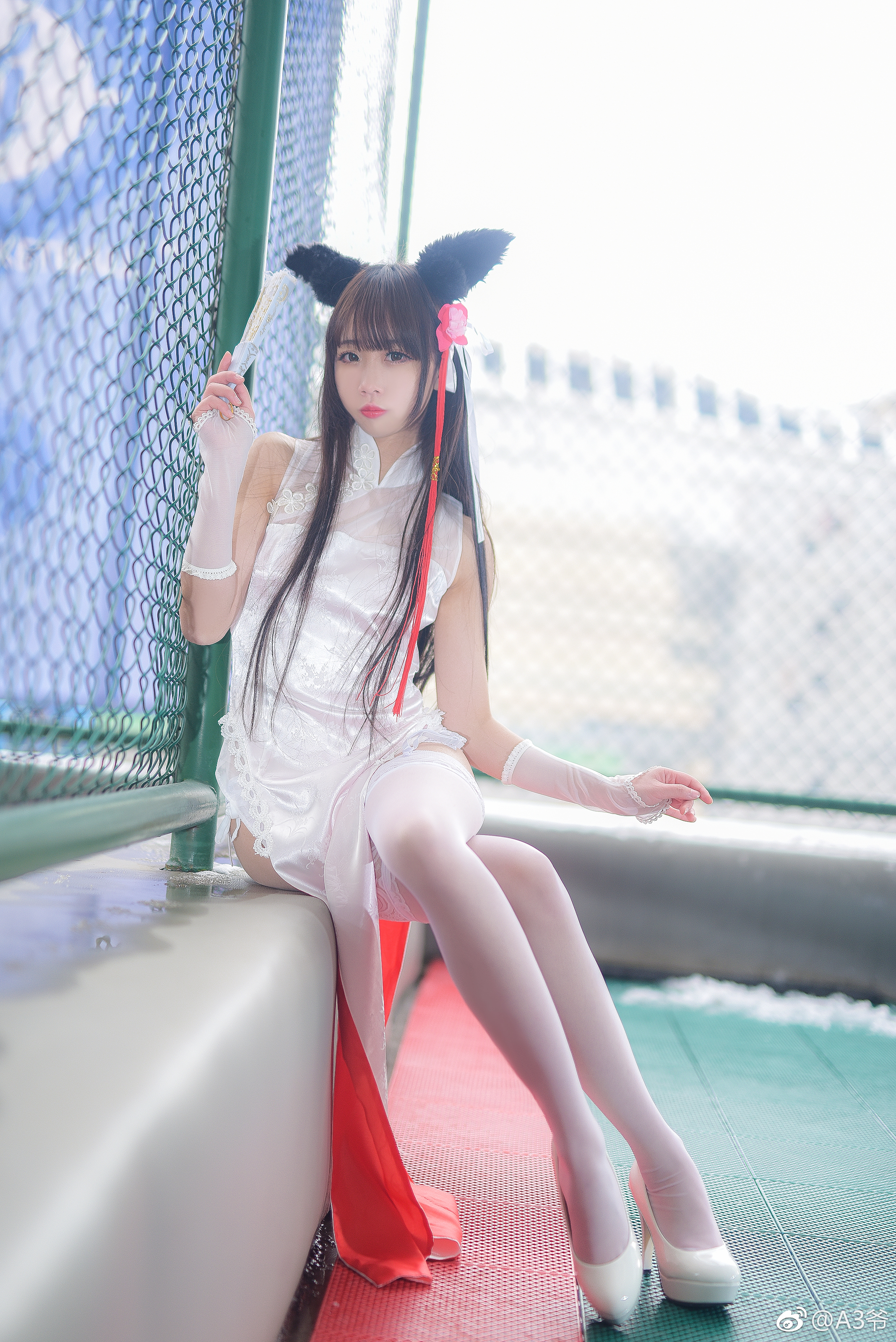 雪琪SAMA让人社保的旗袍白丝吊带袜(9P)