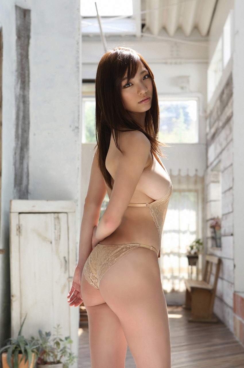 美女肉色内衣写真图集:肉色不是裸(39P附高清图包下载)