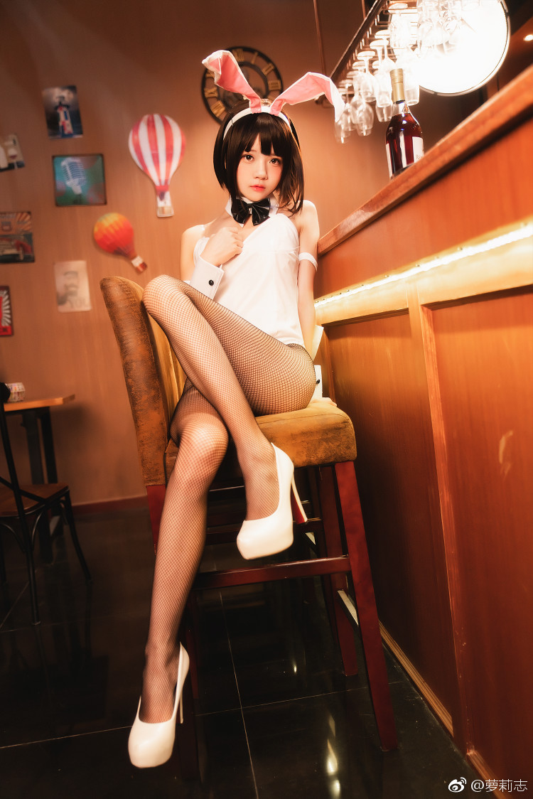 路人女主加藤惠兔女郎Cosplay,网袜好评(9P)