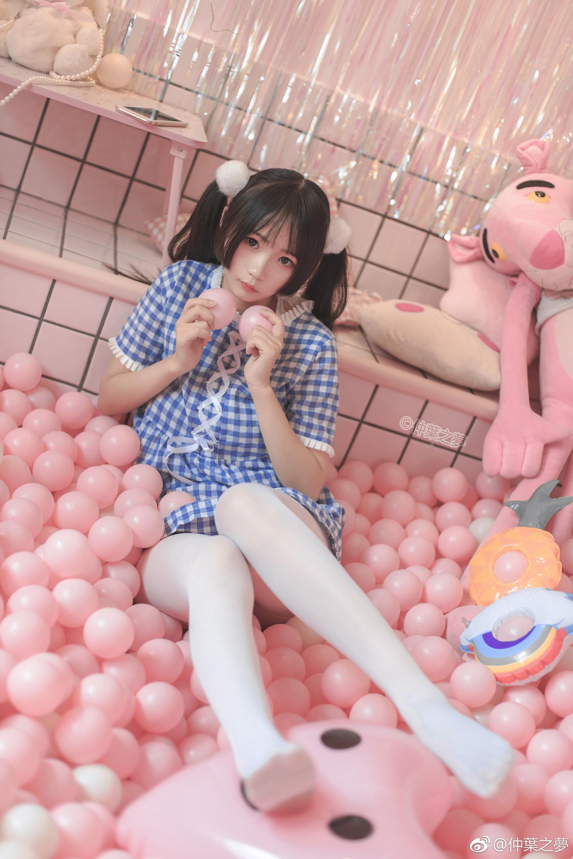 少女白丝福利写真:轻兰映画SPL.010(9P)