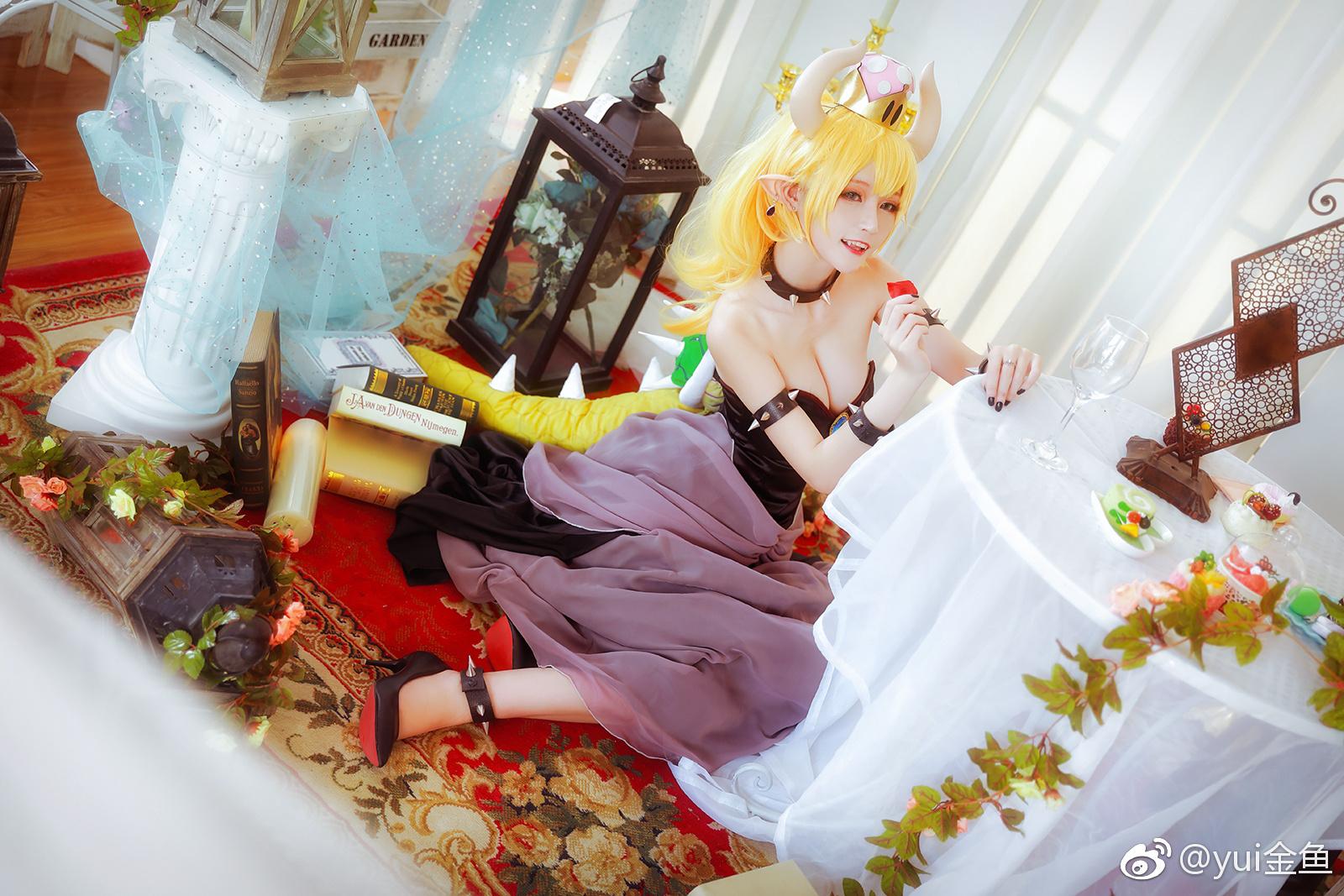 萌妹子Cos库巴公主,超胸的!(9P)