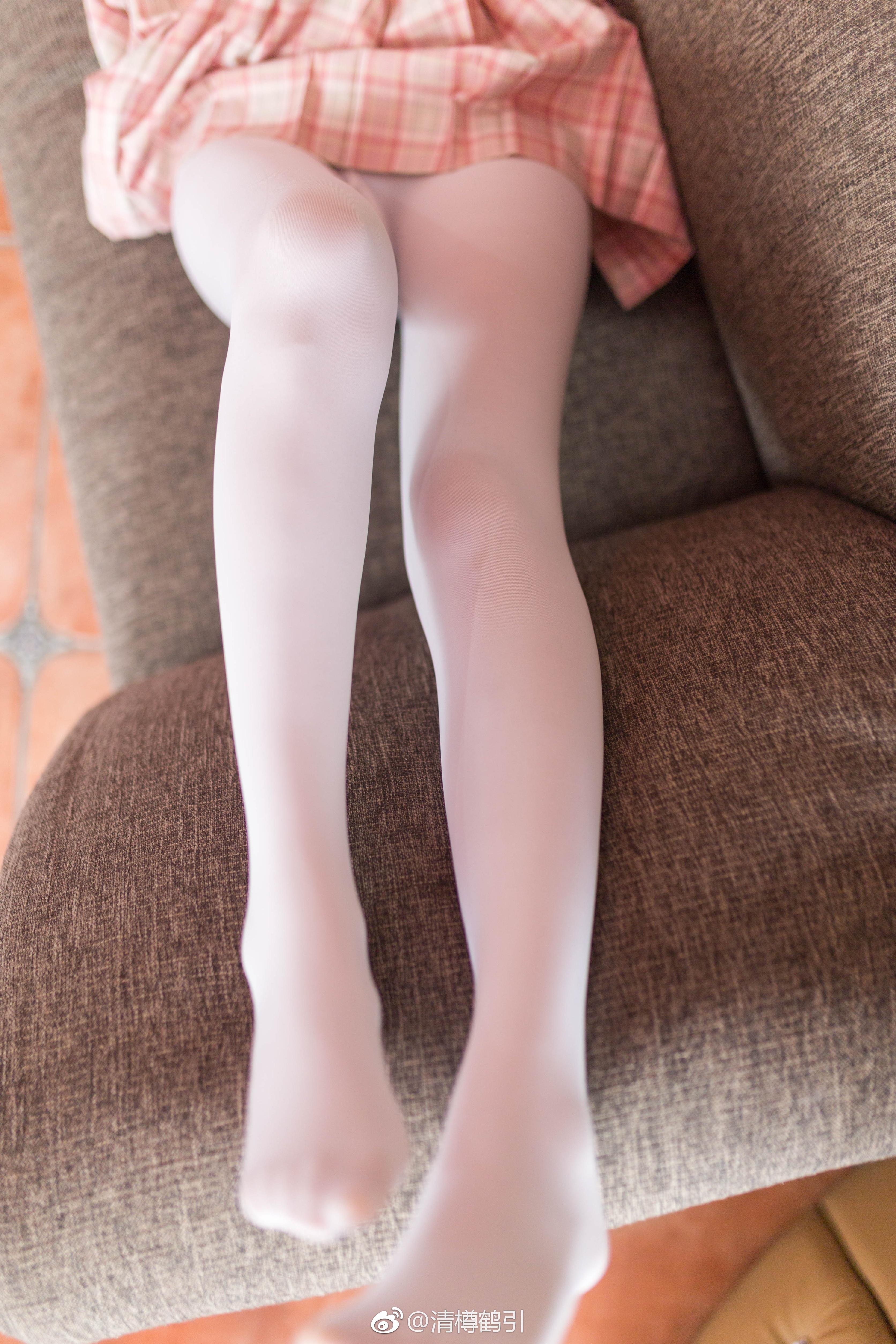 腿控足控福利,JK制服小姐姐的白丝(9P)