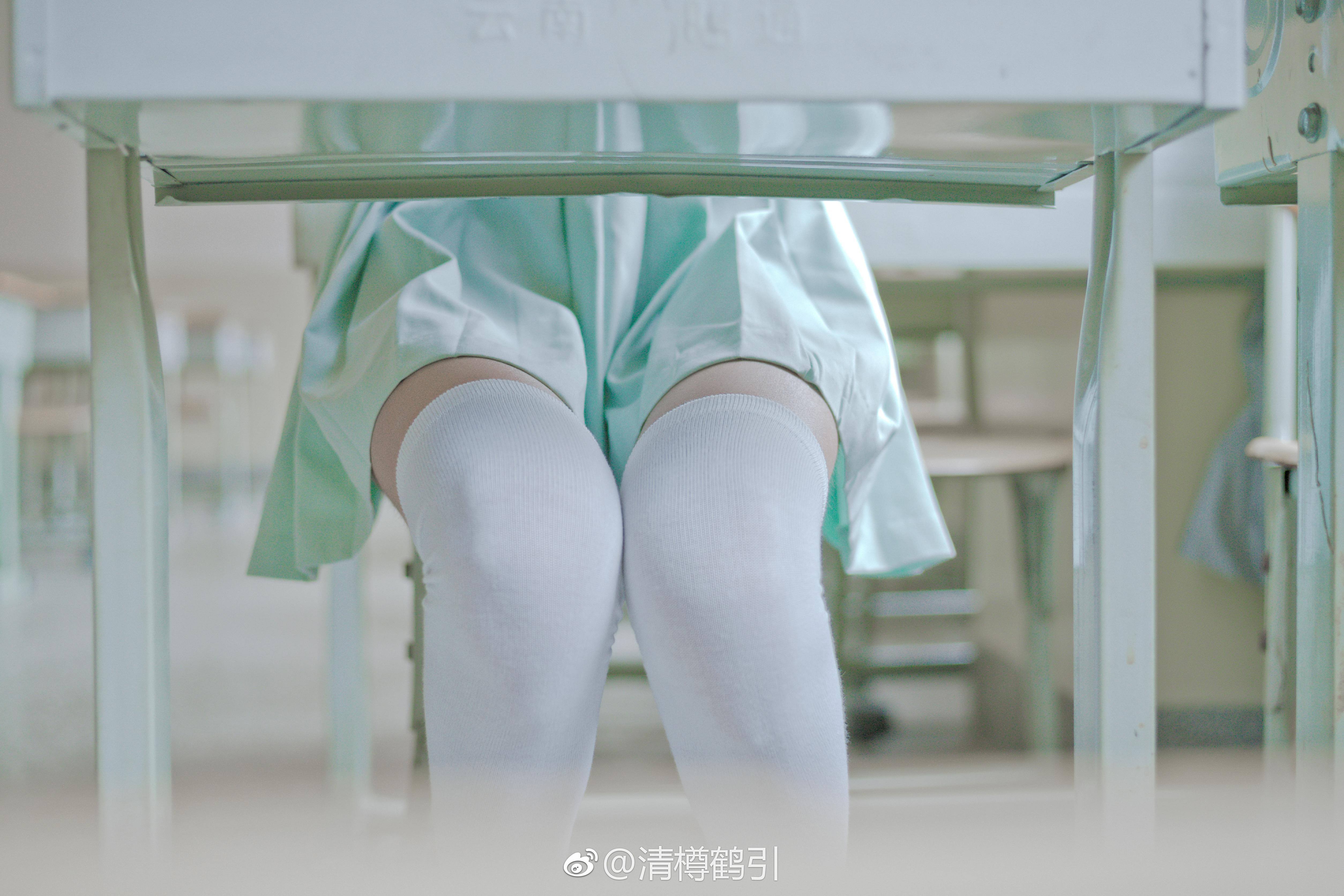 日系风的白丝制服少女福利,小草莓真可爱(18P)
