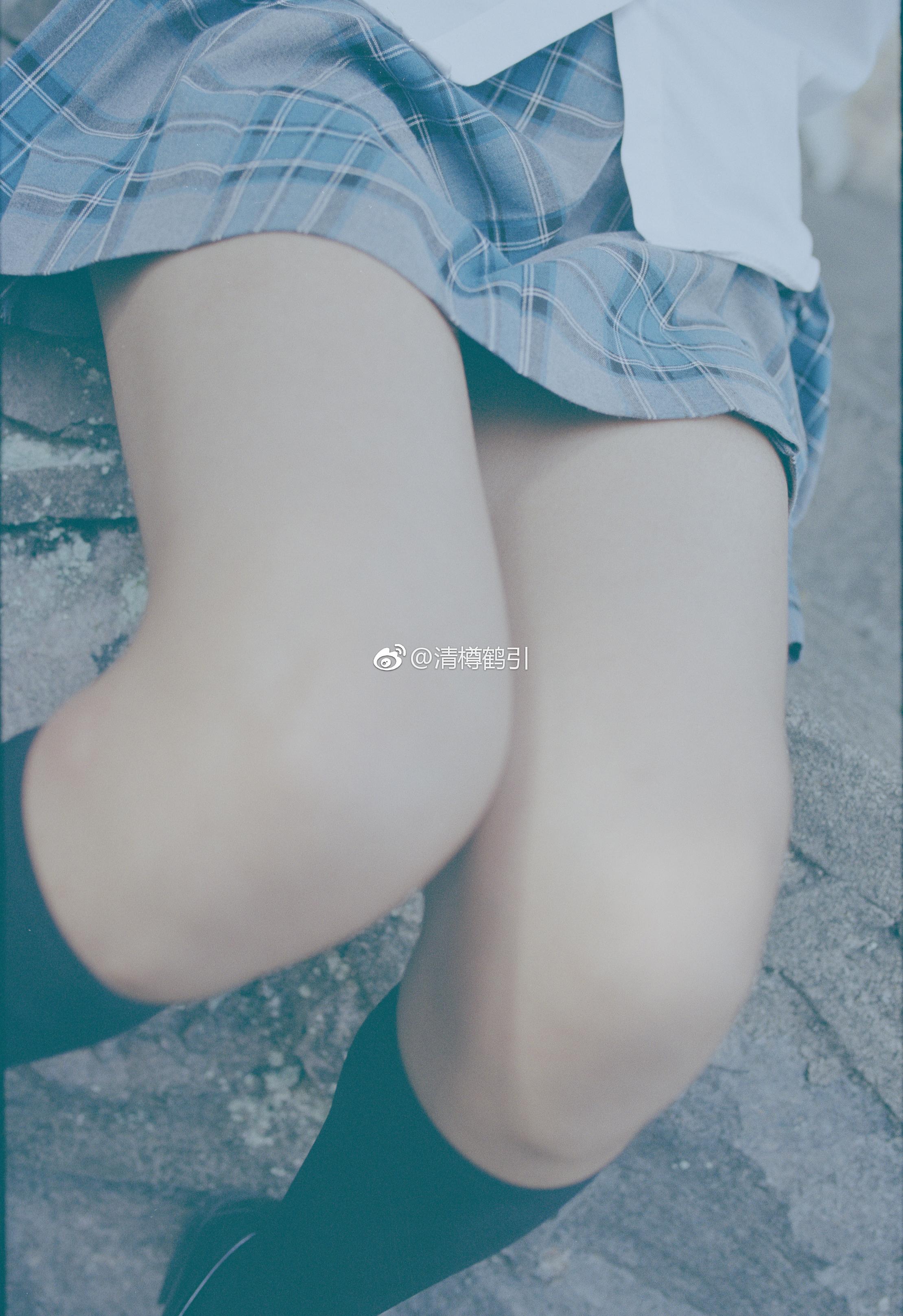 绅士腿控足控福利:萌妹子的撩人绝对领域(9P)