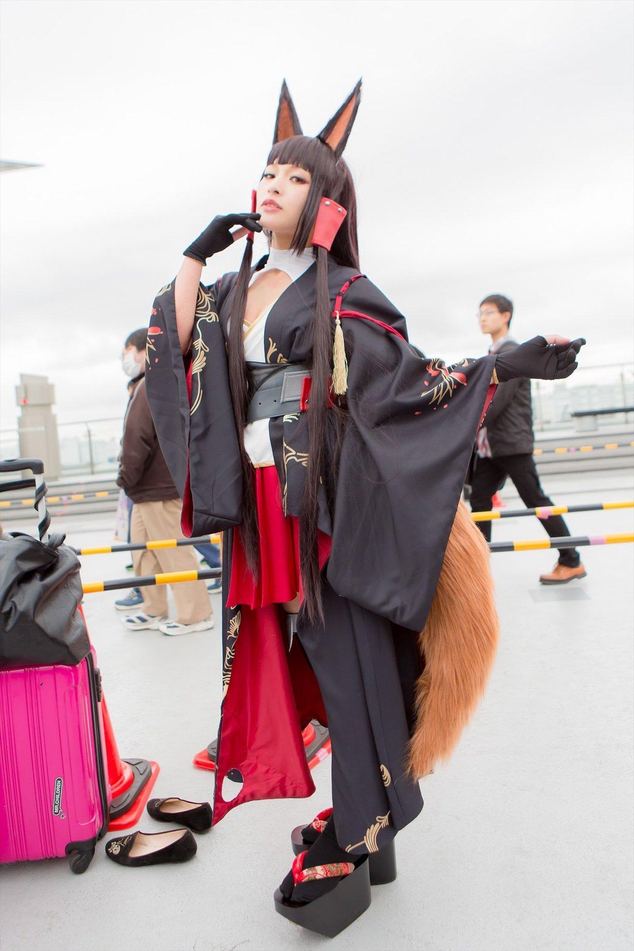 【福利向】热门cosplay福利三个漂亮的小姐姐(10P)