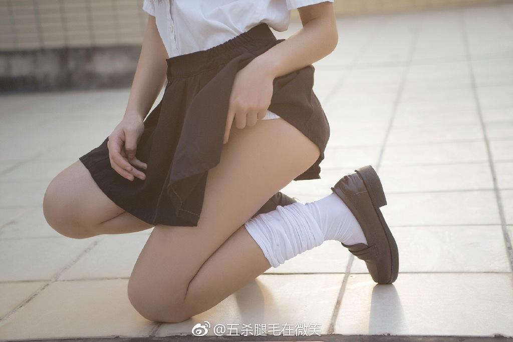 萌妹子福利图片@五杀腿毛在微笑的小浮力(9P)