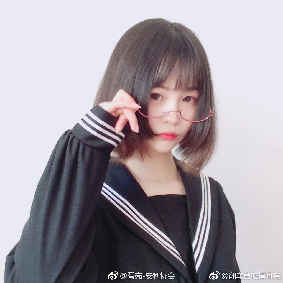 安利一波萌萌哒眼镜少女 素人自拍-第7张