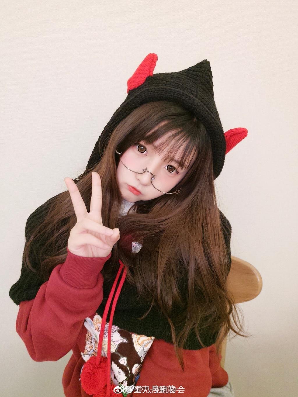 安利一波萌萌哒眼镜少女 素人自拍-第17张