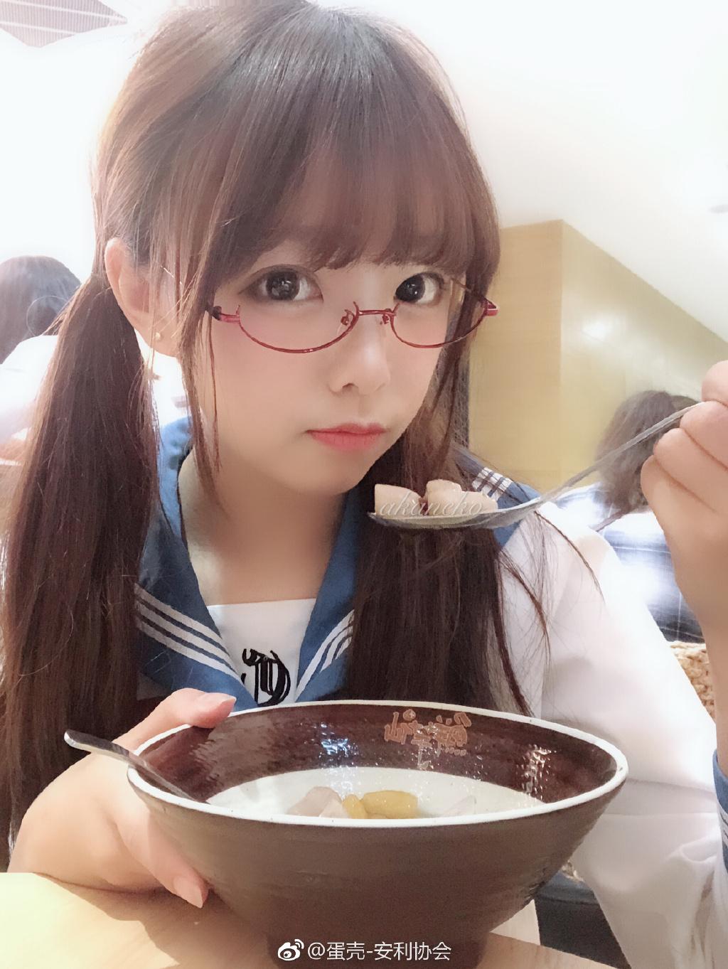 安利一波萌萌哒眼镜少女 素人自拍-第9张